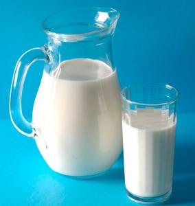 Carafe-versant-du-lait-J